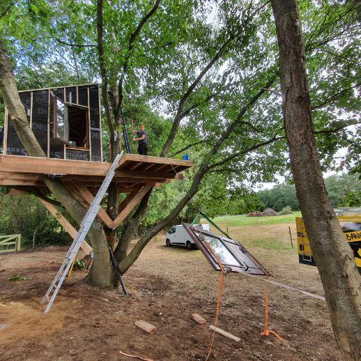 Geisoleerde boomhut bouwen aarschot
